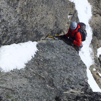 Plezanje v okolici grebena proti vrhu Serapha