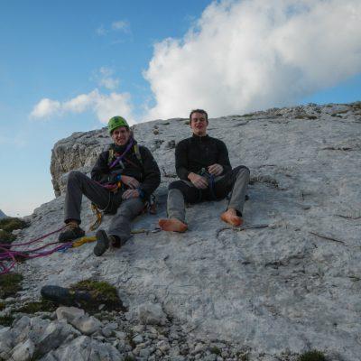 Po preplezani smeri. Vesela in izmučena sva si na vrhu segla v roko. Triglav – Obraz Sfinge 31.8.2013