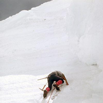 V steni je potekalo zahtevno tehnično plezanje