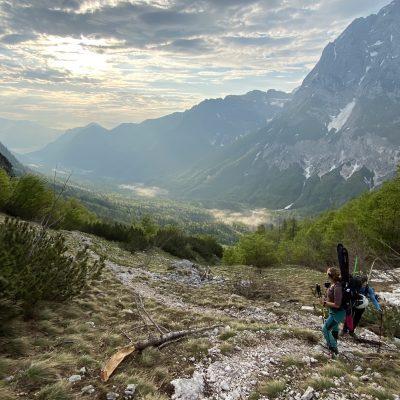 Jutranji pogled na dolino Vrata